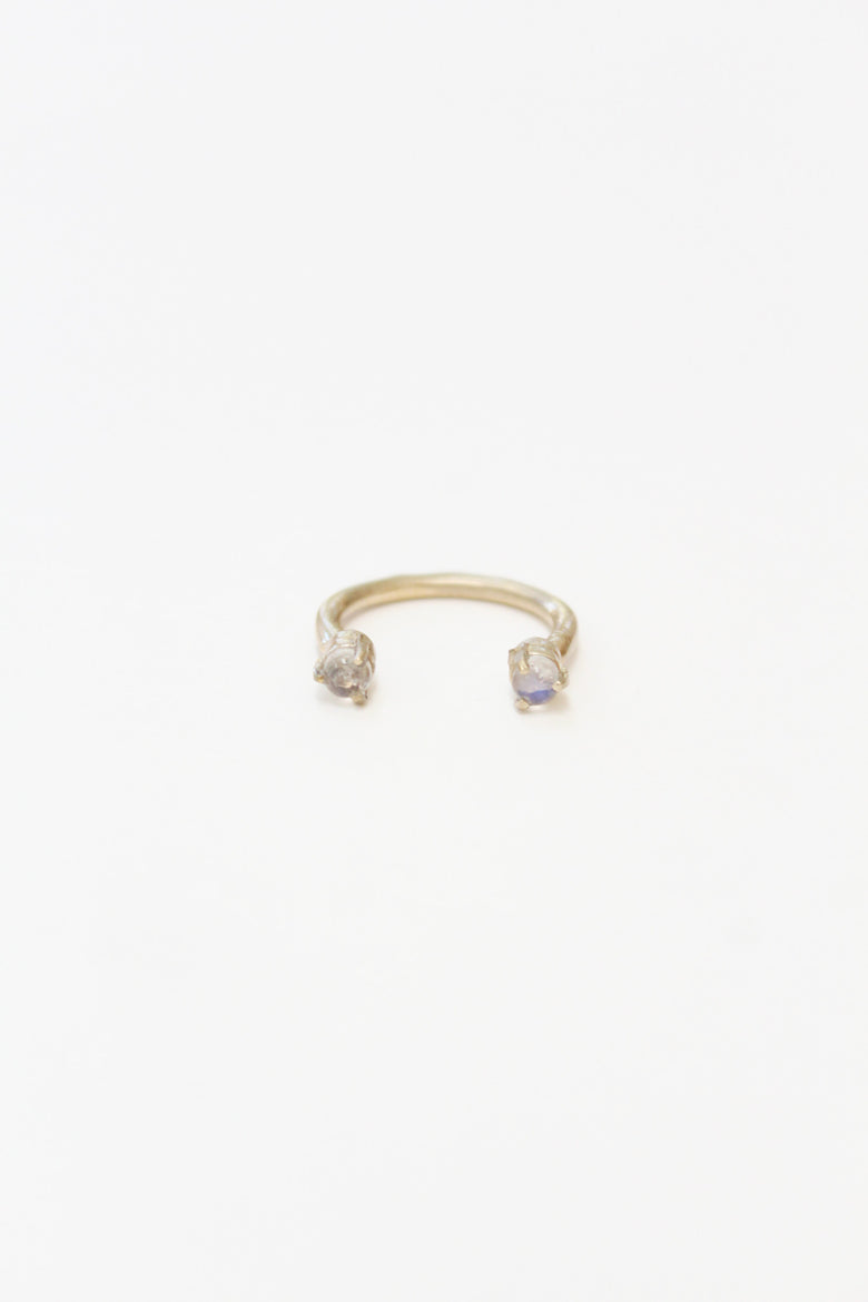 Aesa Single Wave Ring Bronze Moonstone / Beklina
