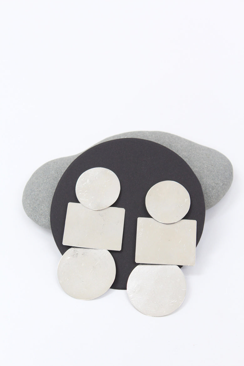 Annie Costello Brown Popova Disc Earring Silver / Beklina