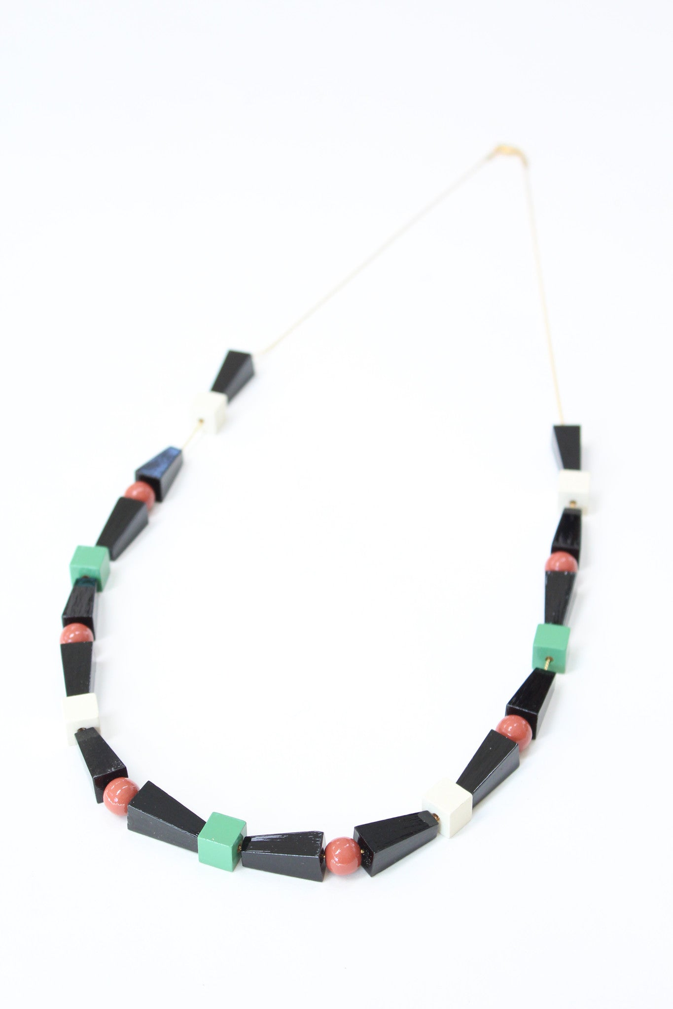 Apres Ski Wooden Necklace Sakari / Beklina