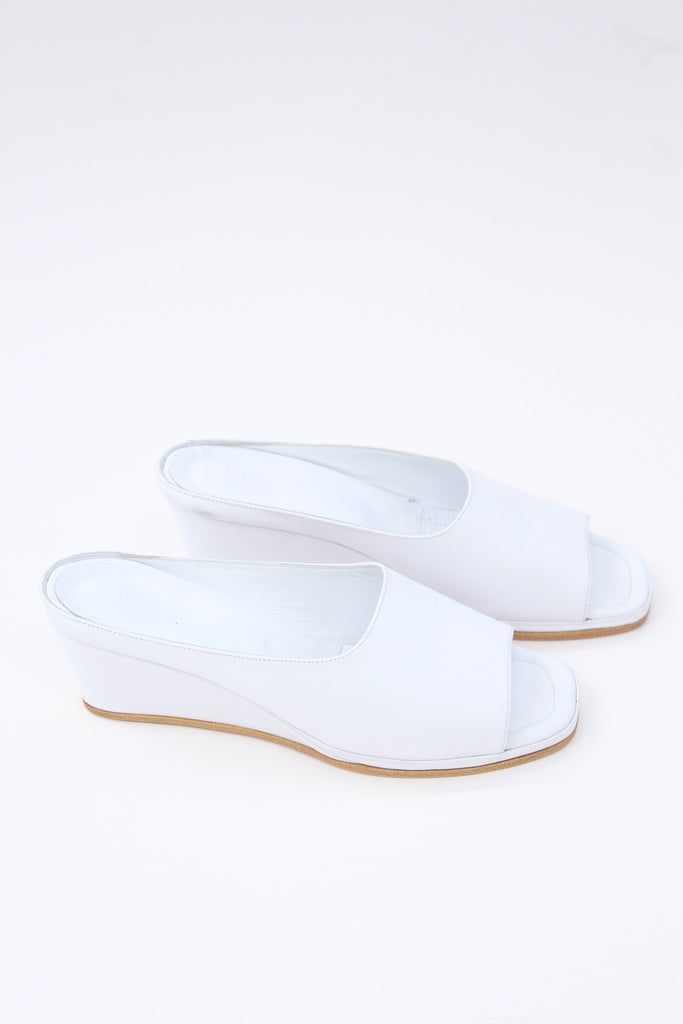 MNZ Yves Wedge White