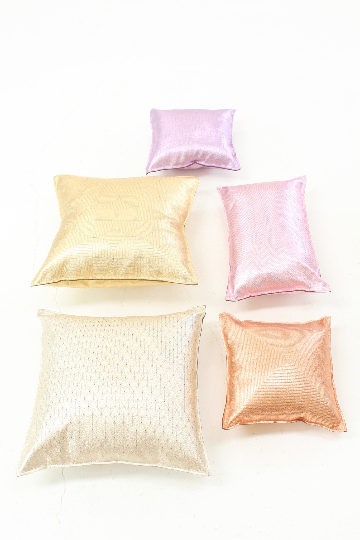 Beklina Metallic Platinum Pillow Ternion