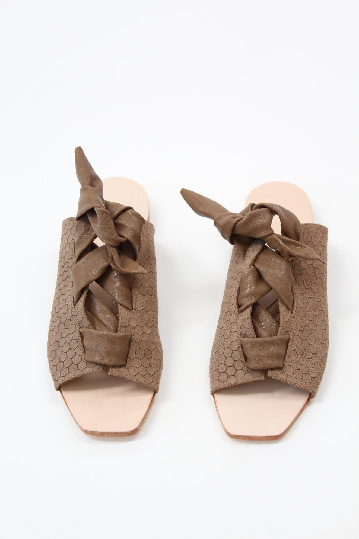 Palatines Texo Lace-up Sandal Bark Hex