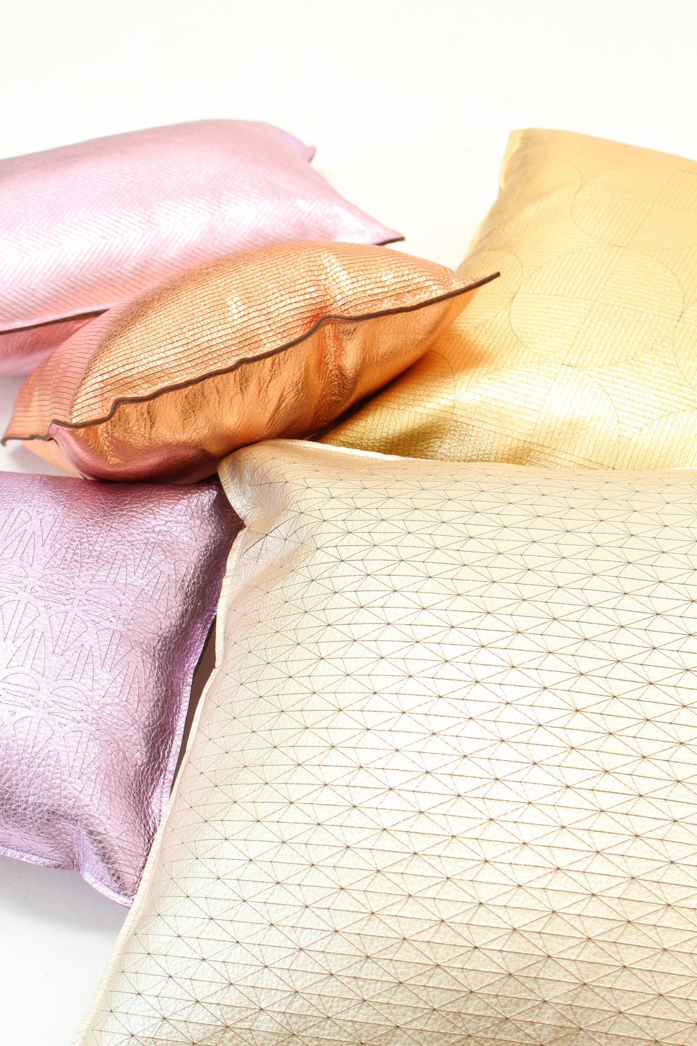 Beklina Metallic Gold Circlid Pillow