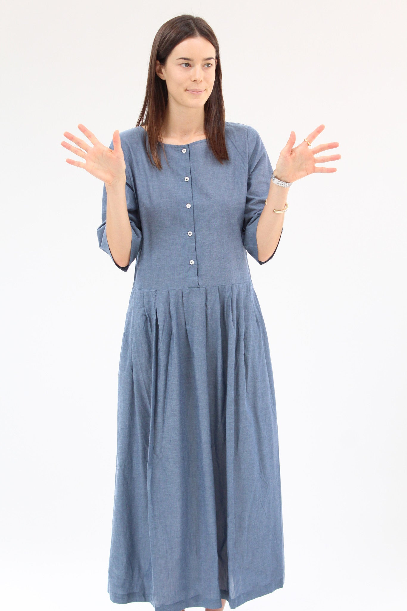 Kowtow Momentum Dress Chambray / Beklina