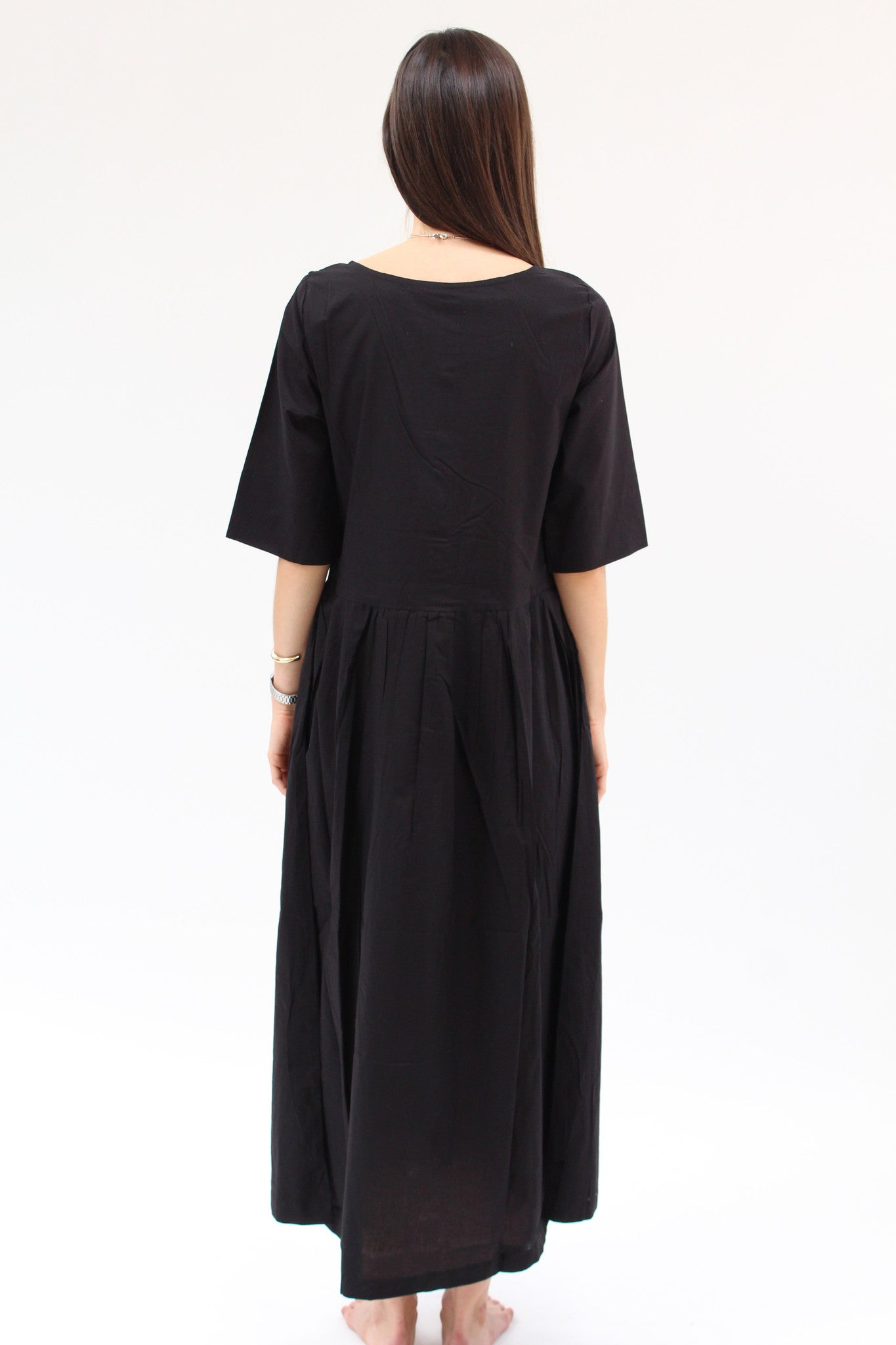 Kowtow Momentum Dress Black / Beklina