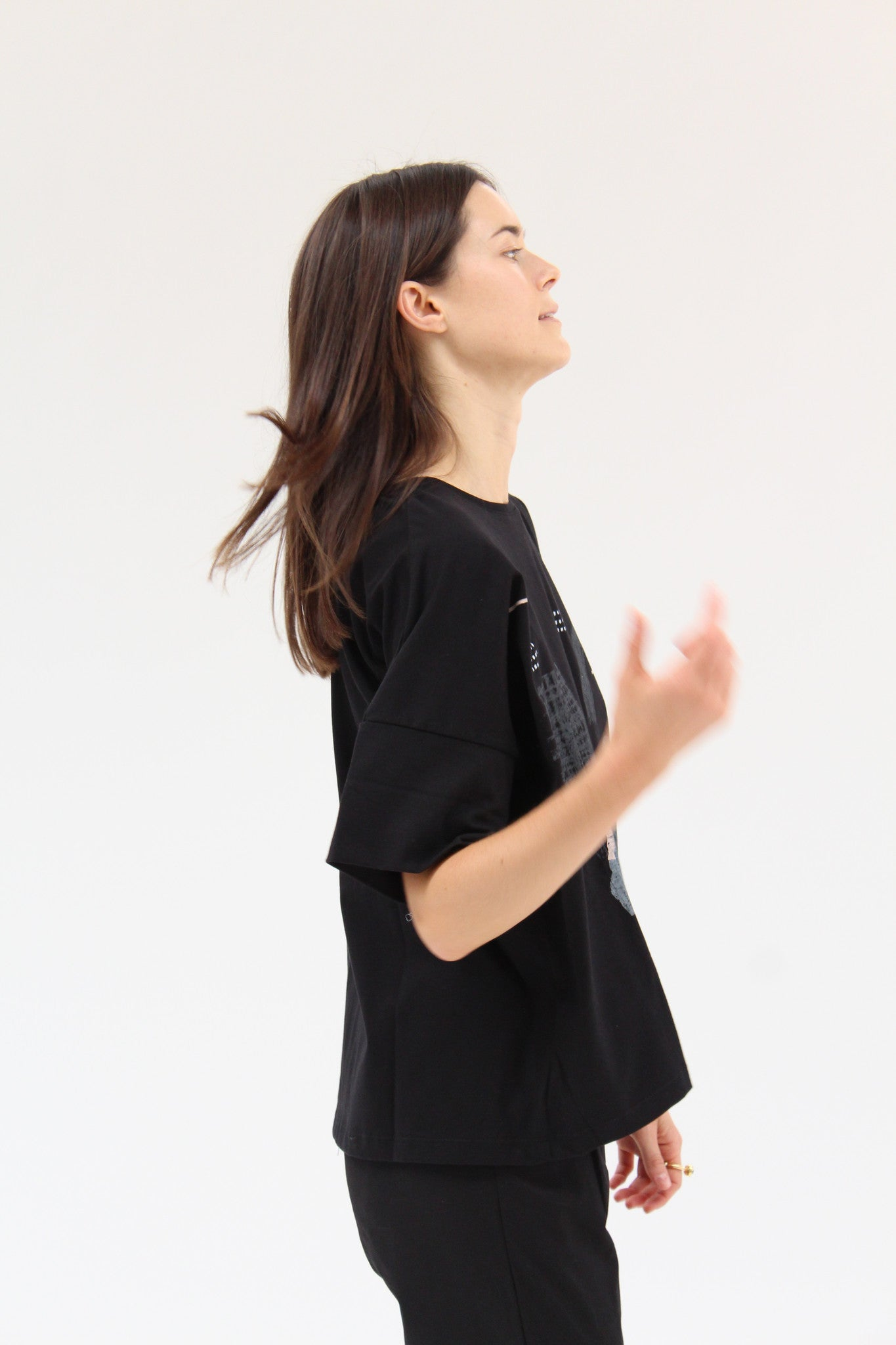 Kowtow Case Study Top Black / Beklina