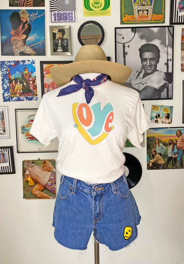 Retro Love Tee - Mamie Ruth