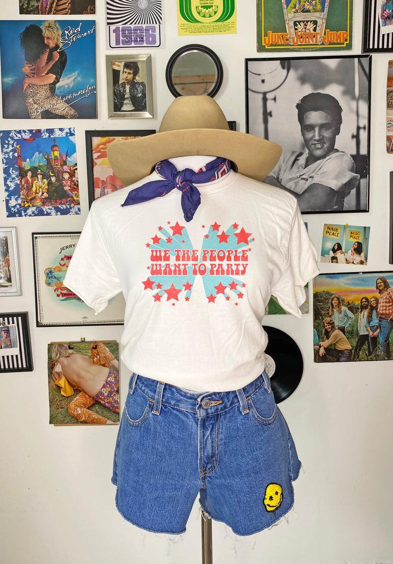 Party People Tee - Mamie Ruth