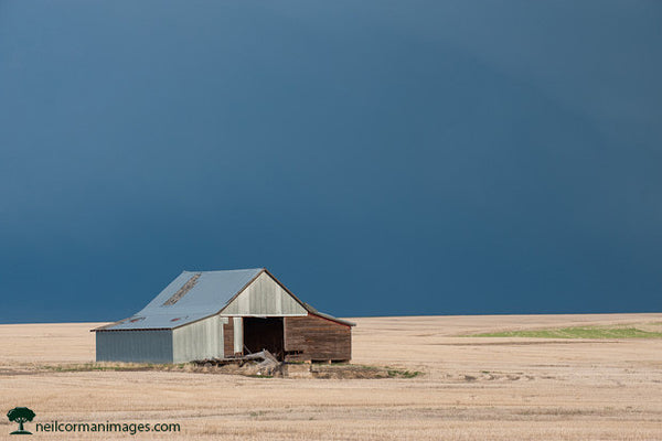 Barn on the Plains