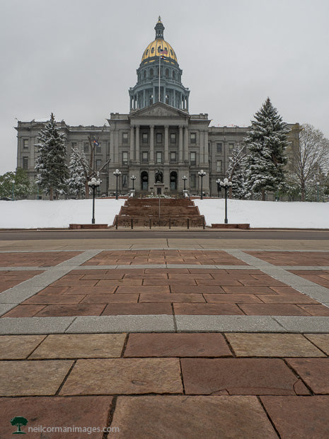 Walking to the Colorado State Capitol