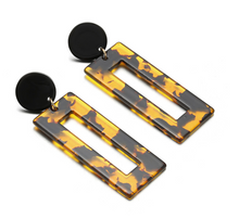 Load image into Gallery viewer, Tortoiseshell Rectangle Earrings