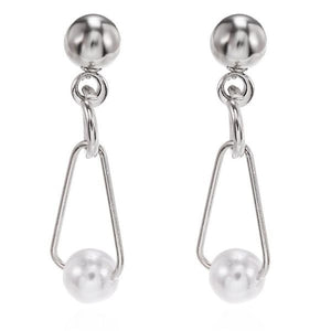 Small Silver Earring with Pearl Design