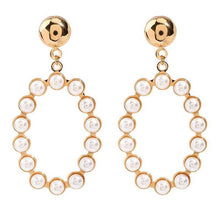 Load image into Gallery viewer, Round Pearl Earrings in Gold