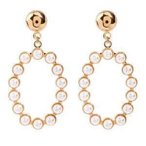 Round Pearl Earrings in Gold