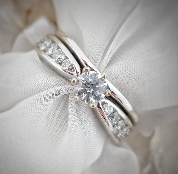 Dakota Semi-Mount Wedding Set
