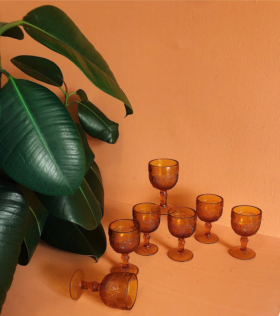 tiara amber wine goblets