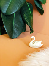 Load image into Gallery viewer, lenox 24k gold trim swan