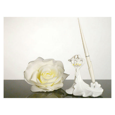 Elegant Calla Lily Pen and Holder Set