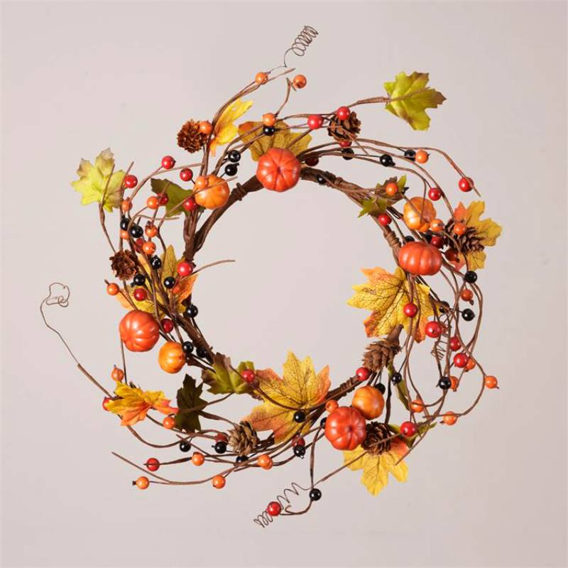 Pumpkins Pinecones and Autumn Berries Candle Ring 6F5260