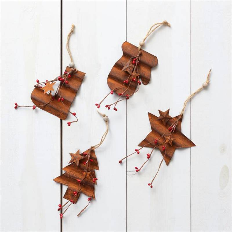 Rusty Berries Tin Christmas Ornaments 7D4939