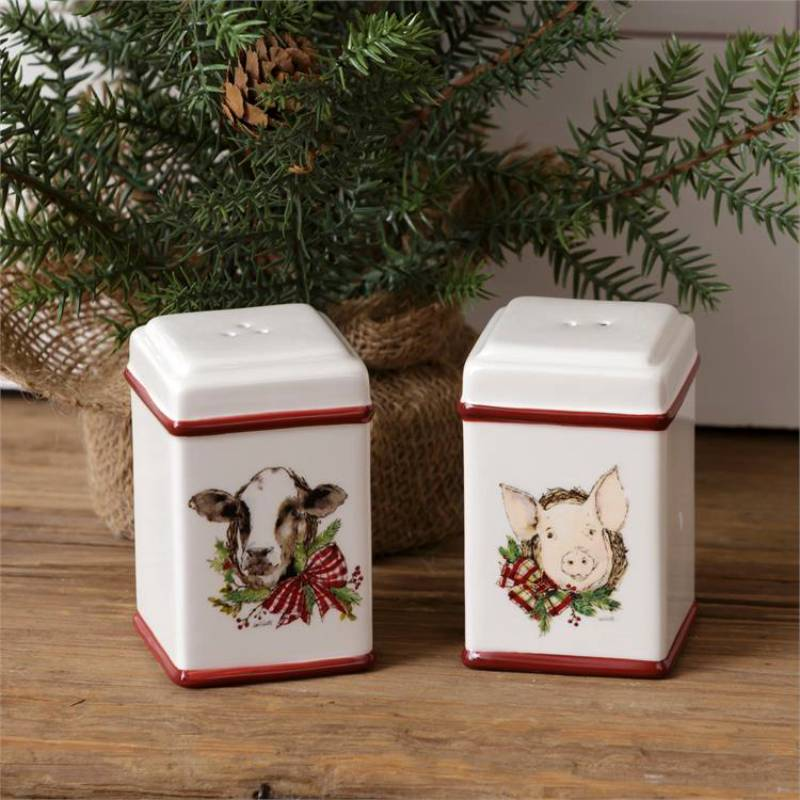Winter Farmhouse Christmas Salt and Pepper Shakers 7PT1174