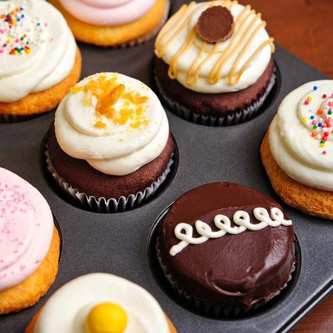 Assorted Cupcakes - 1/2 Dozen