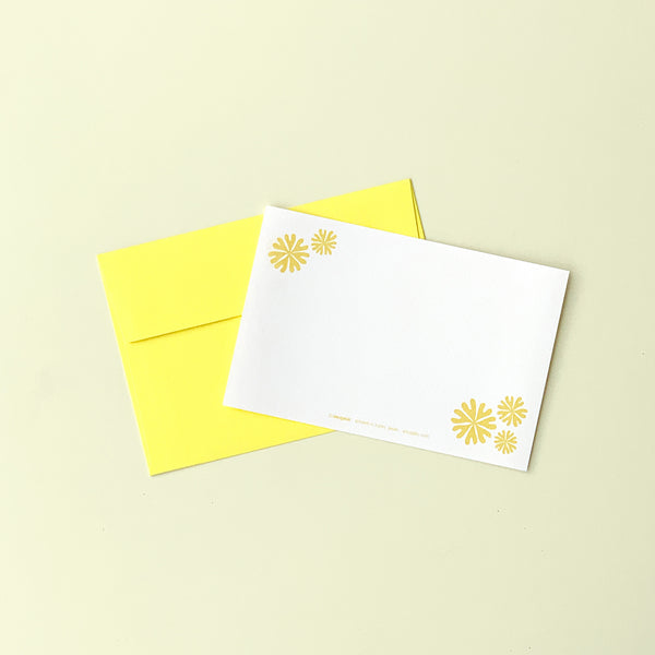 "Greeting Card ""HEARTic LUCKY flower"" _ Lemon Yellow"