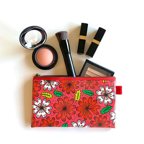 "Flat Pouch ""HEARTic DARLING flower"" _ Caribbean Red"