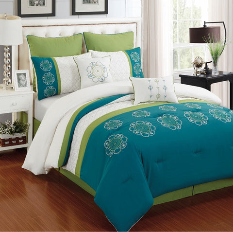 Kennedy Embroidered Comforter