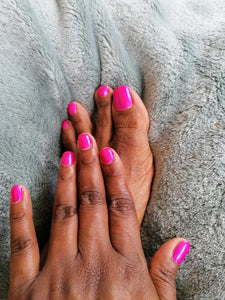 Shellac on hands or toes