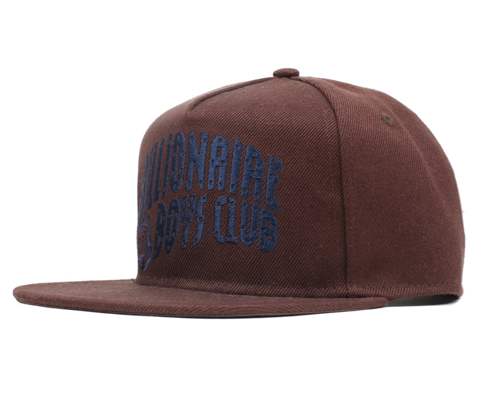 ARCH LOGO SNAPBACK CAP - TAUPE