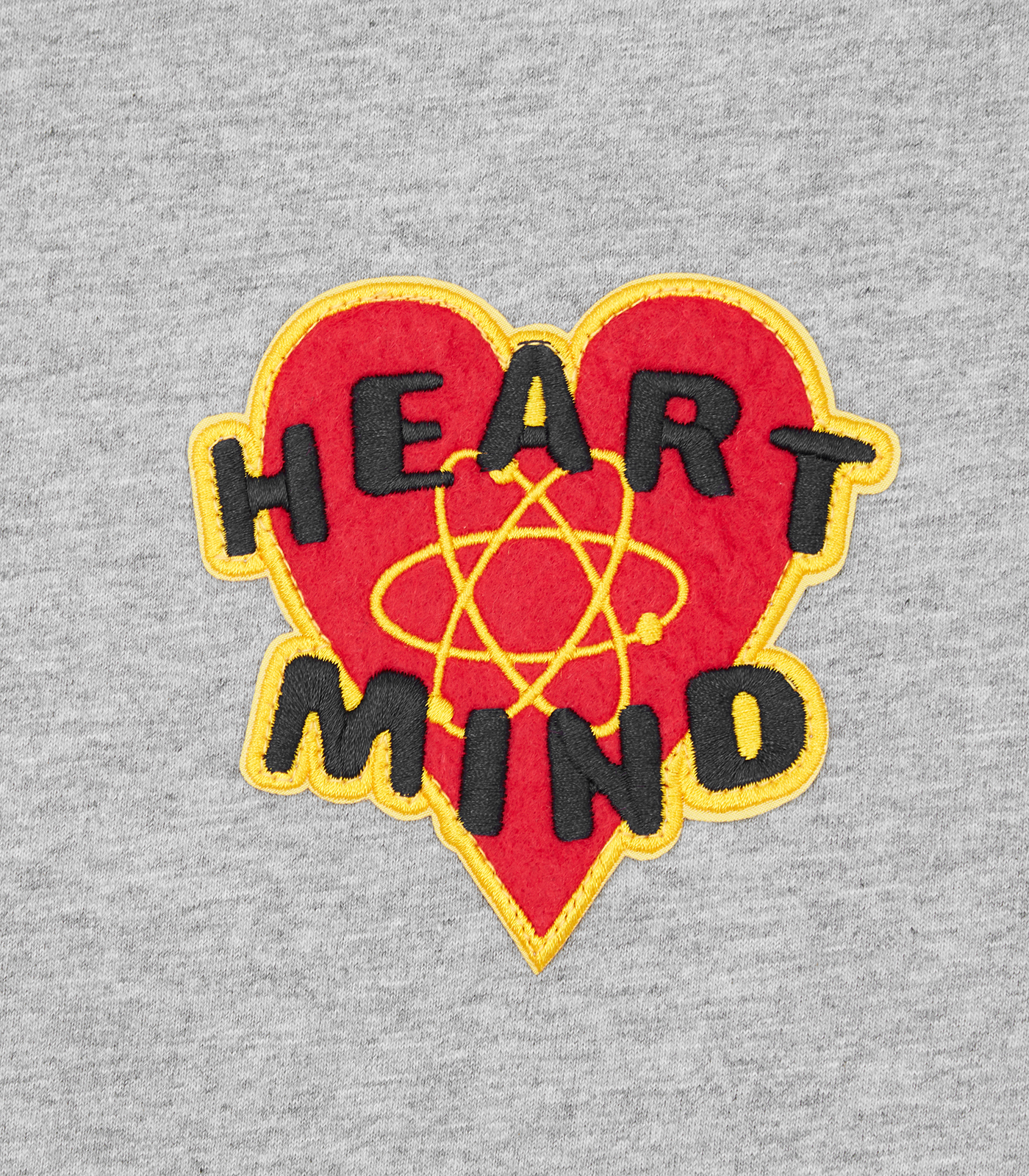 HEART & MIND FELT PATCH L/S T-SHIRT - HEATHER GREY