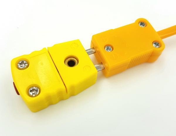 K-Type Female Flat Connector, Yellow Device, Plugged View