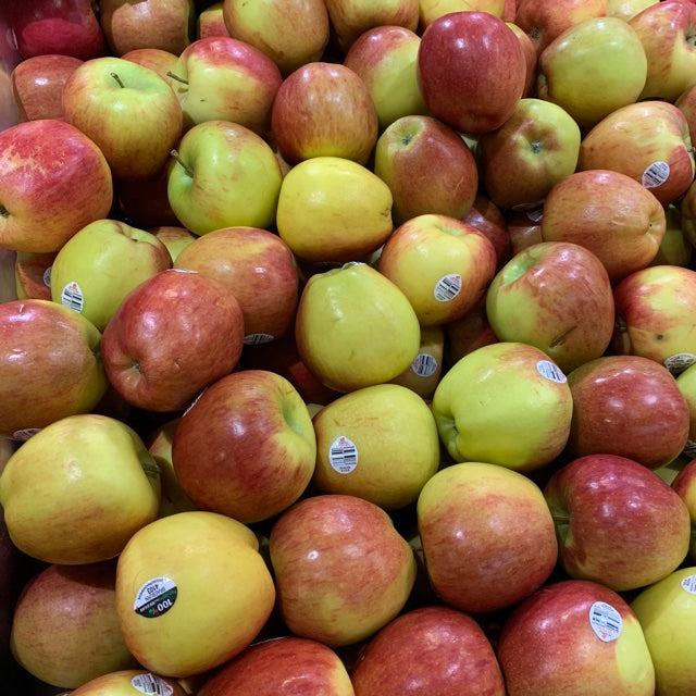Braeburn Apples (each)