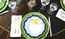 Load image into Gallery viewer, Bloom Dinner Plate