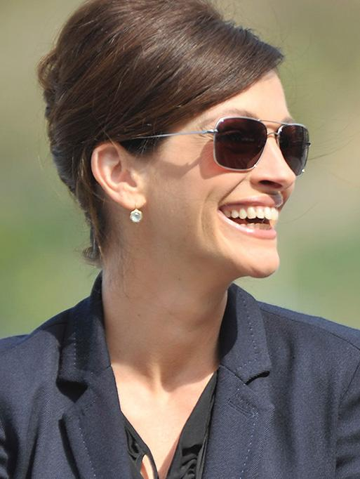 Jamie Wolf - Julia Roberts wearing the Blossom Drop Earrings
