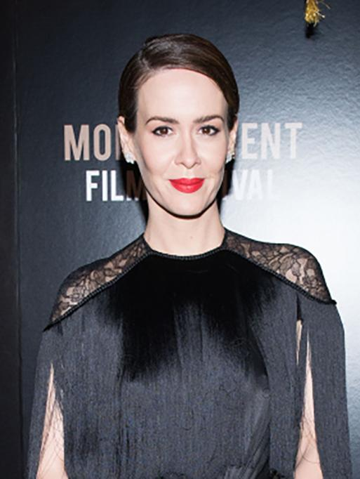 Sarah Paulson wearing the Diamond Flower Studs