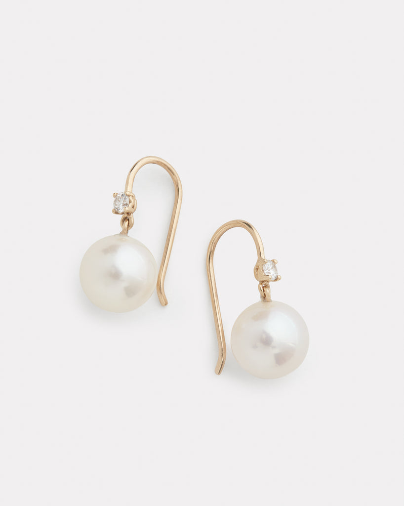 Diamond and Pearl Drop Earring