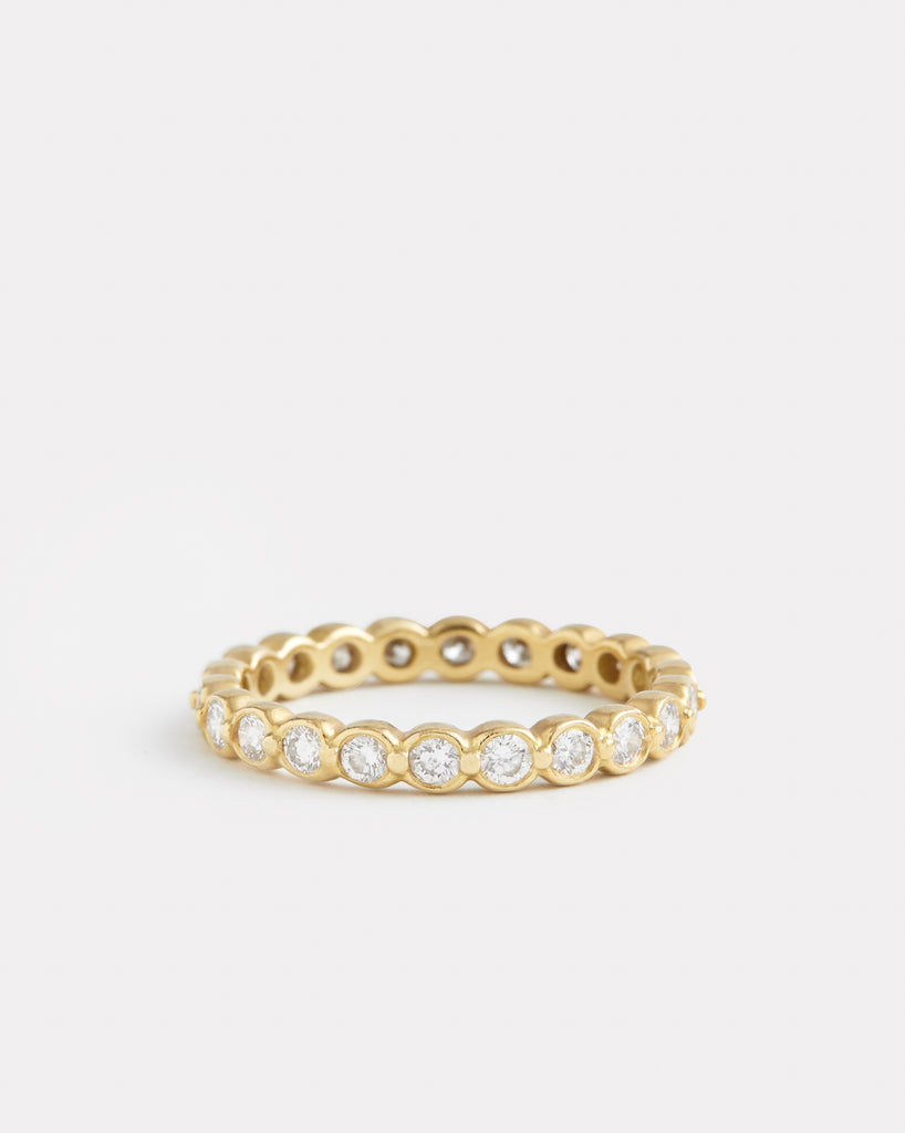 Linked Round Diamond Band