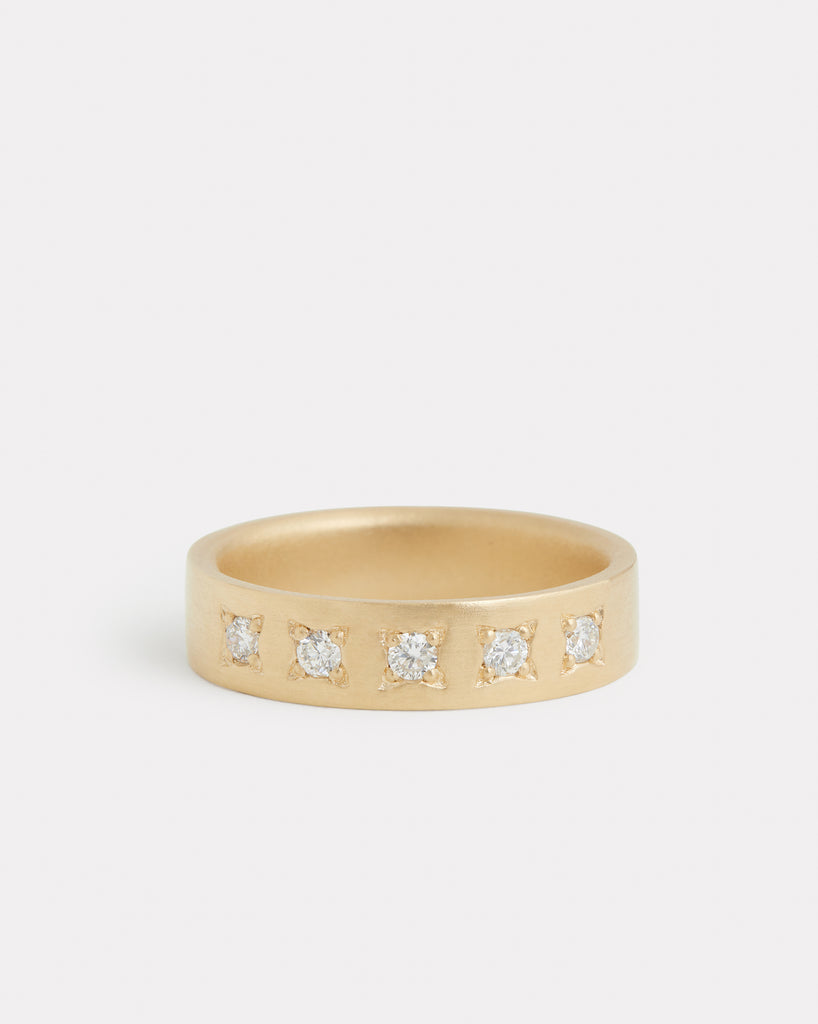 Star Set Diamond Band