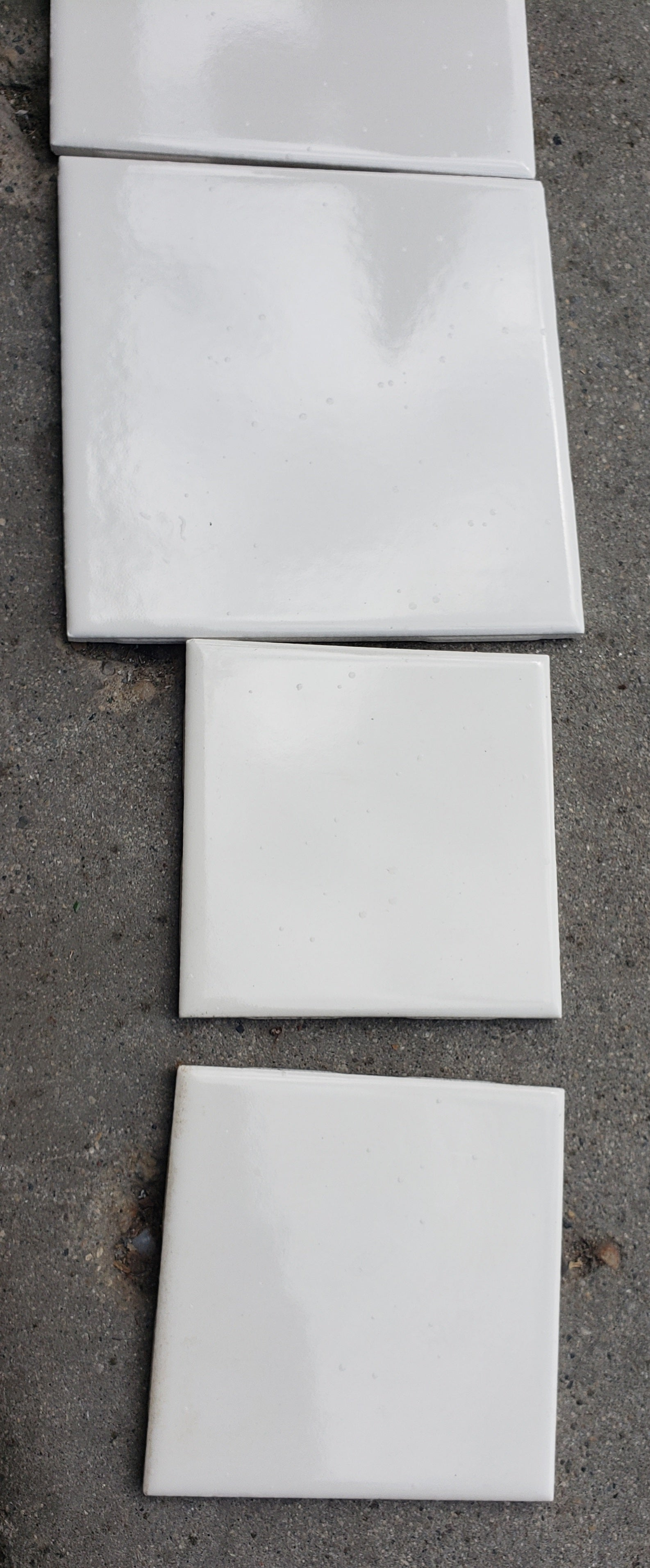 Wall Tile 6 x 6 Biscuit Gloss Ceramic (10 sq ft in a box) (179 boxes available) - Macomb County ReStores