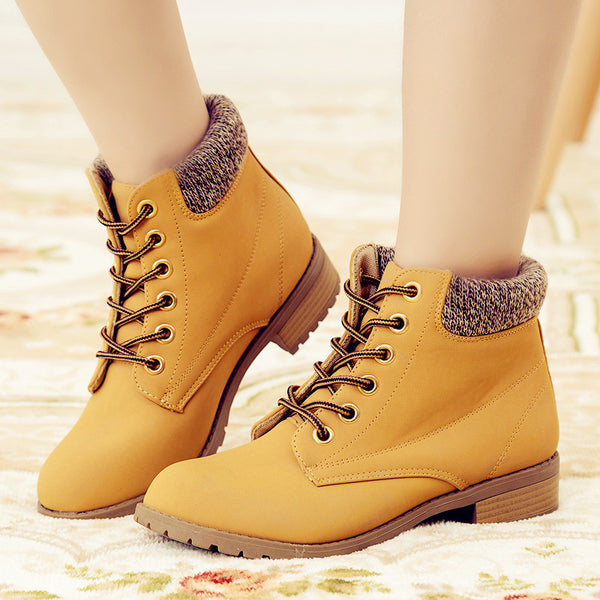 Brand Fashion Women Ankle Boots Heels Lace up Casual Shoes Woman Oxfords Black Yellow Tooling Boots Leather Plus Size 40 41 42