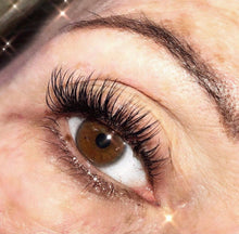 Load image into Gallery viewer, FLAT LASH - EYELASH EXTENSIONS (C - CURL)