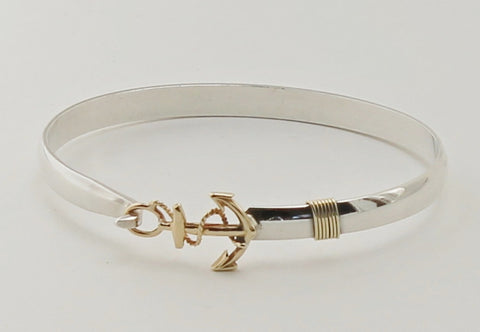 Anchor hook bracelet