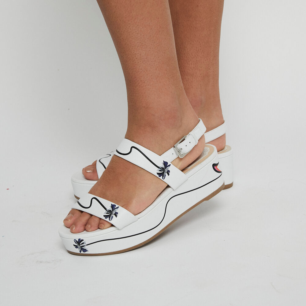 Load image into Gallery viewer, CHRISTIAN DIOR Slingback Sandal 38.5