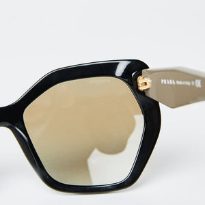 Load image into Gallery viewer, PRADA SPR 16R Sunglasses