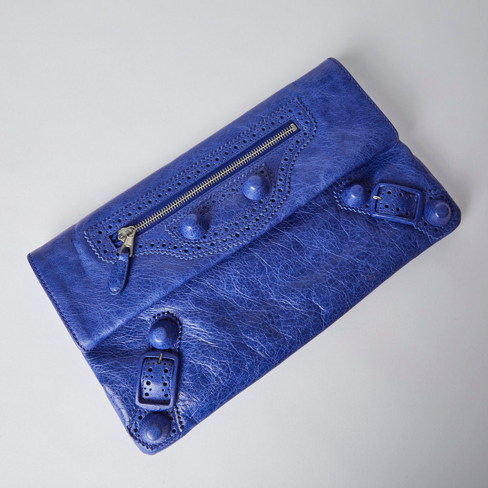 Load image into Gallery viewer, BALENCIAGA Anthracite leather CGH envelope clutch
