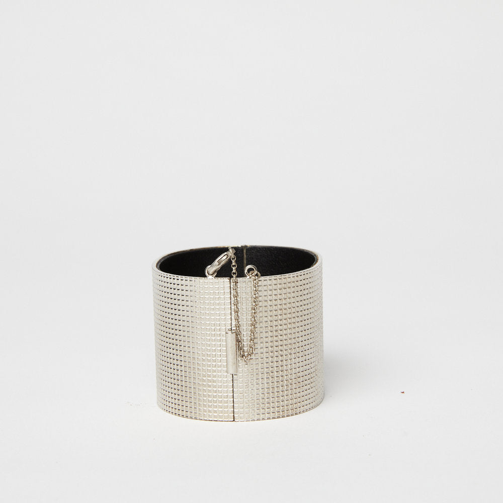 Load image into Gallery viewer, CELINE Silver Textured Manchette Edge Cuff