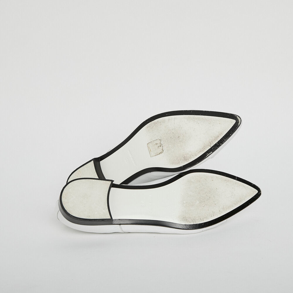 CHANEL Patent Point Flat Shoes 39