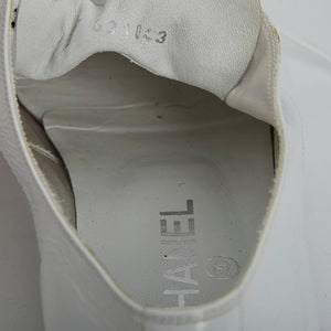 Load image into Gallery viewer, CHANEL Patent Point Flat Shoes 39